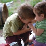 علت های شایع گاز گرفتن کودک چیست؟